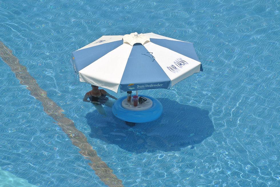Sun Denfender Floating Umbrella 18.JPG