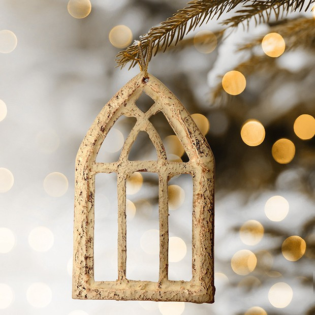 Arched Window Frame Ornament