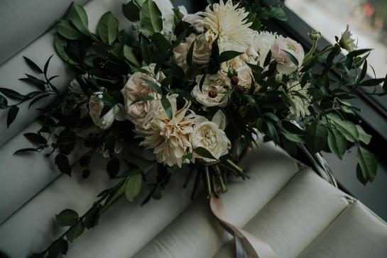 Summer-Wedding-Chicago- garden-boquet.jp
