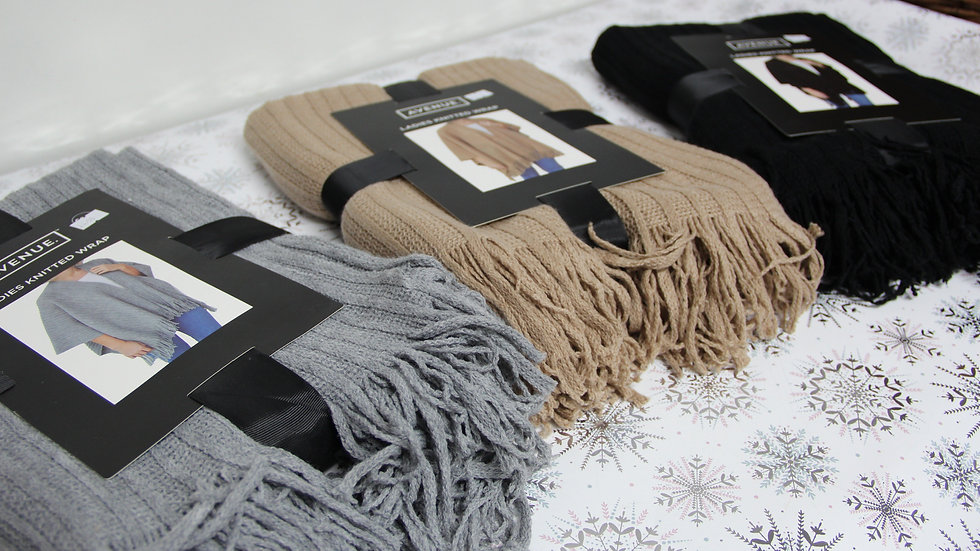 Ladies Knitted Wrap