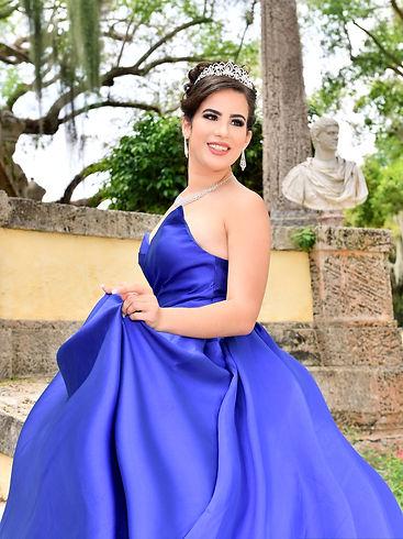 Foto de Quinceañera con corona  en Vizcaya
