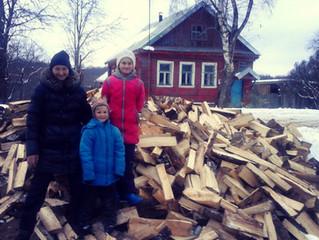 Три многодетные семьи получили дрова в подарок!!!