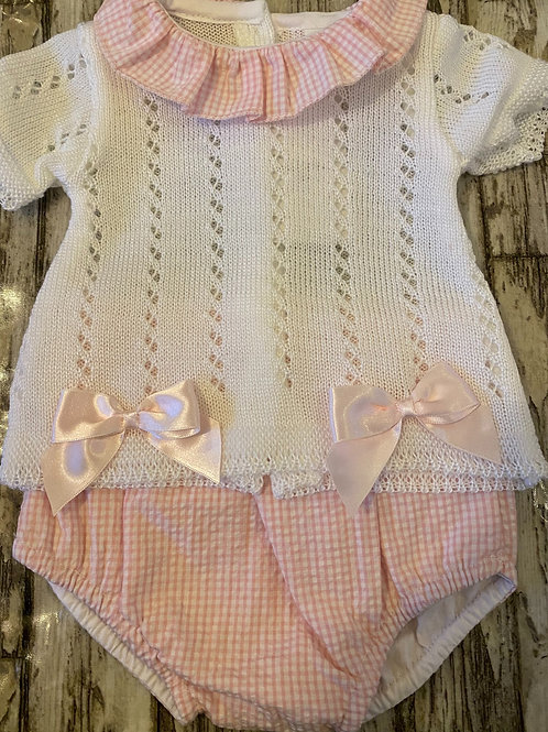 White and pink Knitted set