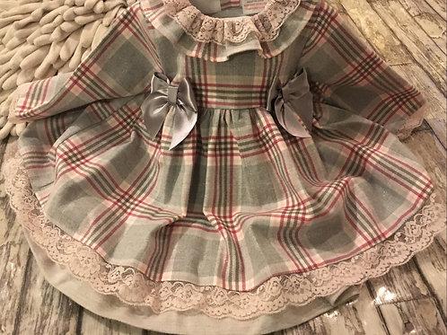 grey check lace bows