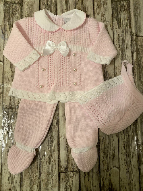 Knitted pearl set
