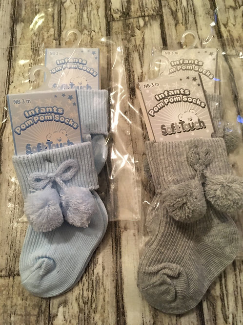 short pom socks