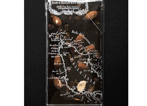 Tablette au chocolat noir et amandes abricots
