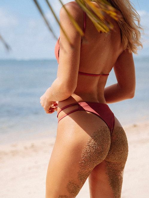 Olivia Bottoms