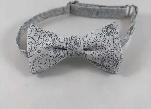 Gray gears adult bow tie