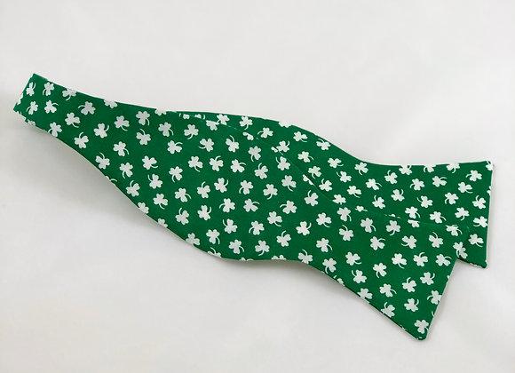 Green Shamrock Bow Tie