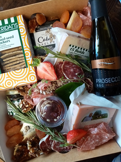 PROSECCO CHEESE BOX