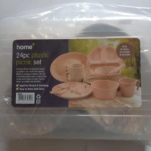 Quest Home Plus 24pc Plastic Picnic Set