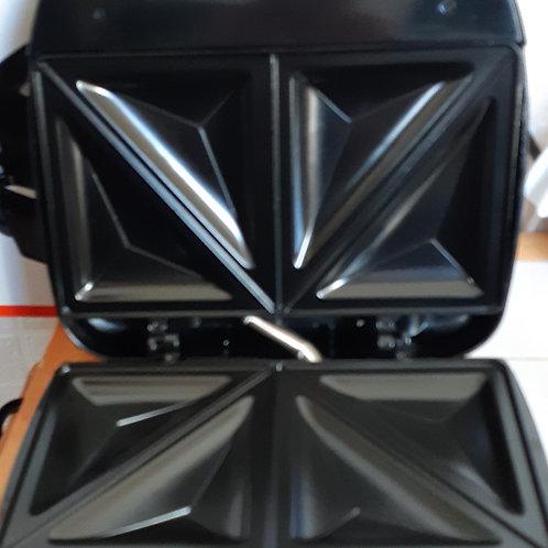 Phoenix Stainless Steel Sandwich Toaster 750w