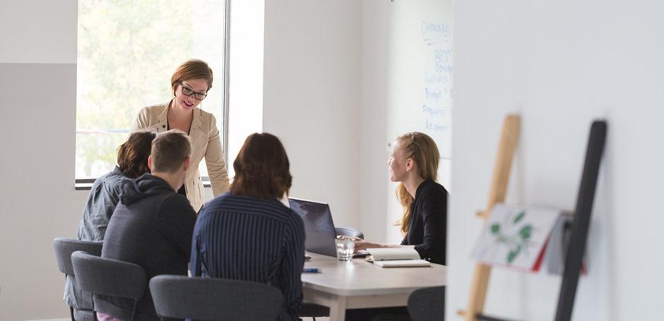 office-team-business-meeting_4460x4460.j