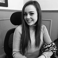 Lauren Profile Pic.jpg