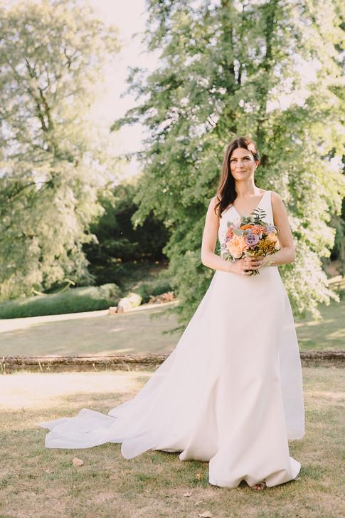 Elegant Bride, Hannah