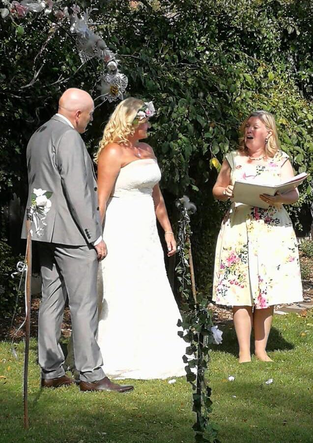 Wirral garden wedding Celebrant, Lorraine Hull