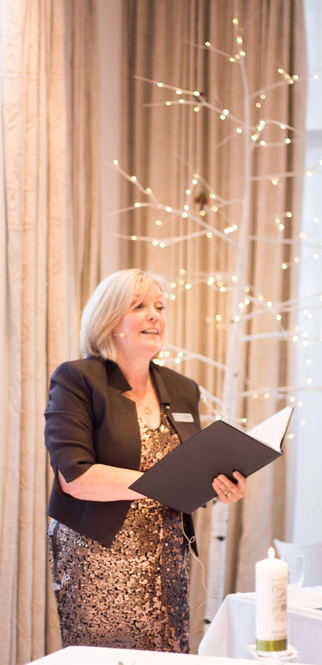 Liverpool Humanist Wedding Celebrant, Lorraine Hull