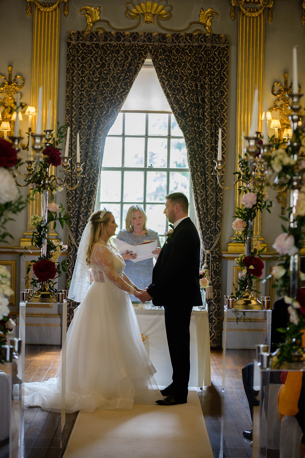 Lorraine Hull, wedding celebrant