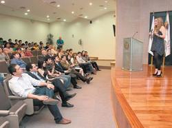 conferencia ARTE HOY en UANL inaugura se