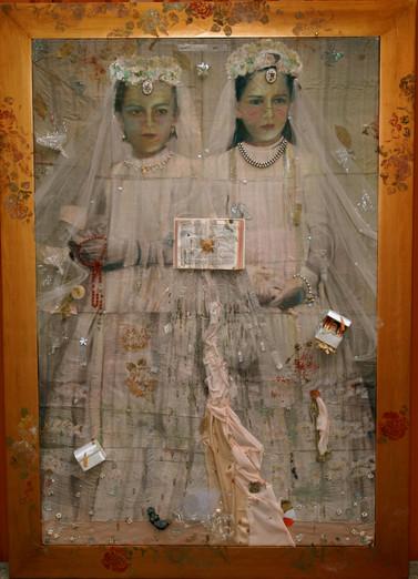 Carmela y Gabriela 200x140
