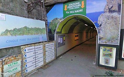 manarola station.jpg