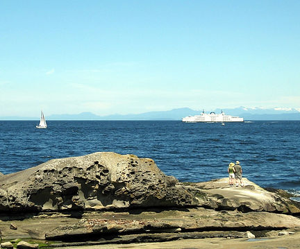 7 8-6-29 ferry from point.jpg
