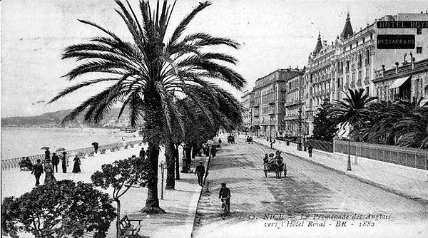 Promenade_en_1882.jpg