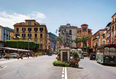 7 Piazza Tasso.jpg