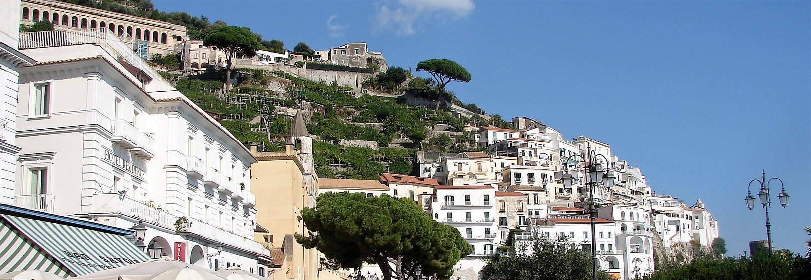 waterfront street Amalfi.jpg