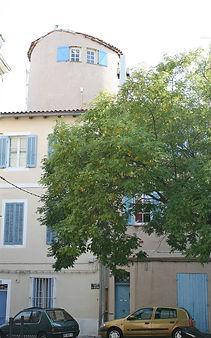 21    200px-Place_des_moulins_Marseille.