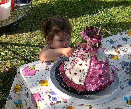 03-06-07 fingers in cake.JPG