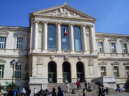 Palais_de_Justice_Nice.JPG