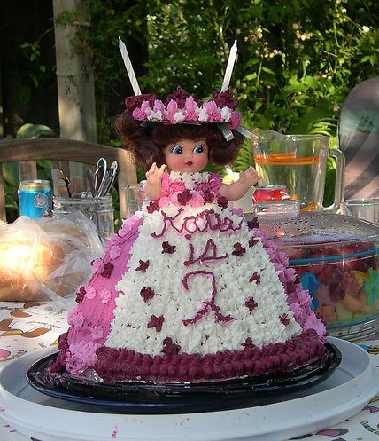 03-06-07 katie's cake.JPG