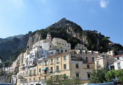 02 m - cliffs behind Amalfi.jpg