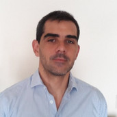 Daniel Aromí: Profesor Investigador – Facultad de Ciencias Económicas - UCA.