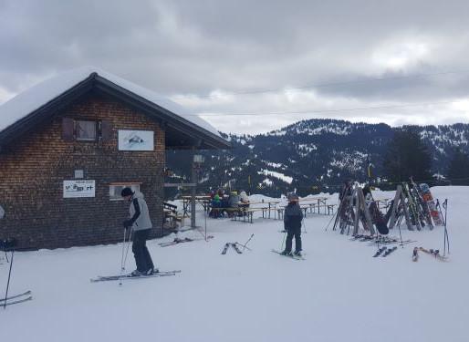 스위스 정부가 스키장을 놓지 못하는 이유- 겨울 알프스 산악 지역 경제와 코로나