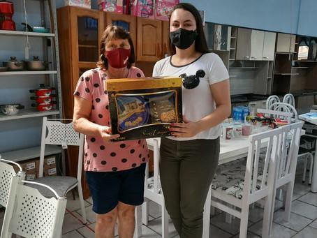 ACIIM sorteou dez kits natalinos, para pessoas que valorizam o comércio martinense