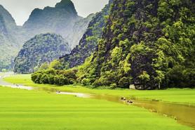 Vietnam Paradox: Rich Urban Culture Meets Magnificent Nature