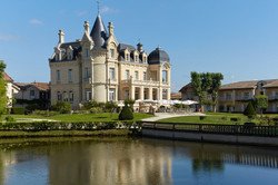Grand Barrail Chateau Hotel, Saint-Emili