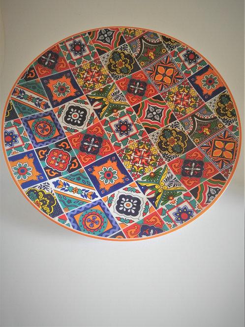 Teller mit maurischem Muster aus Spanien