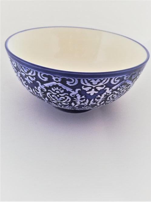 Schalen mit maurischem Muster in weiss/Blau