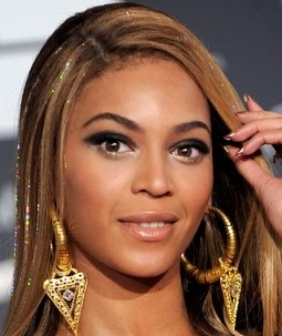 Beyonce fairy hair sparkles tinsel