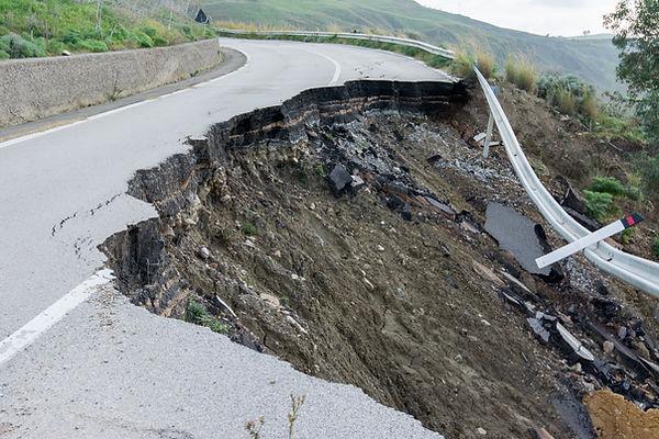 Landslide on a national road in Sicily.jpg