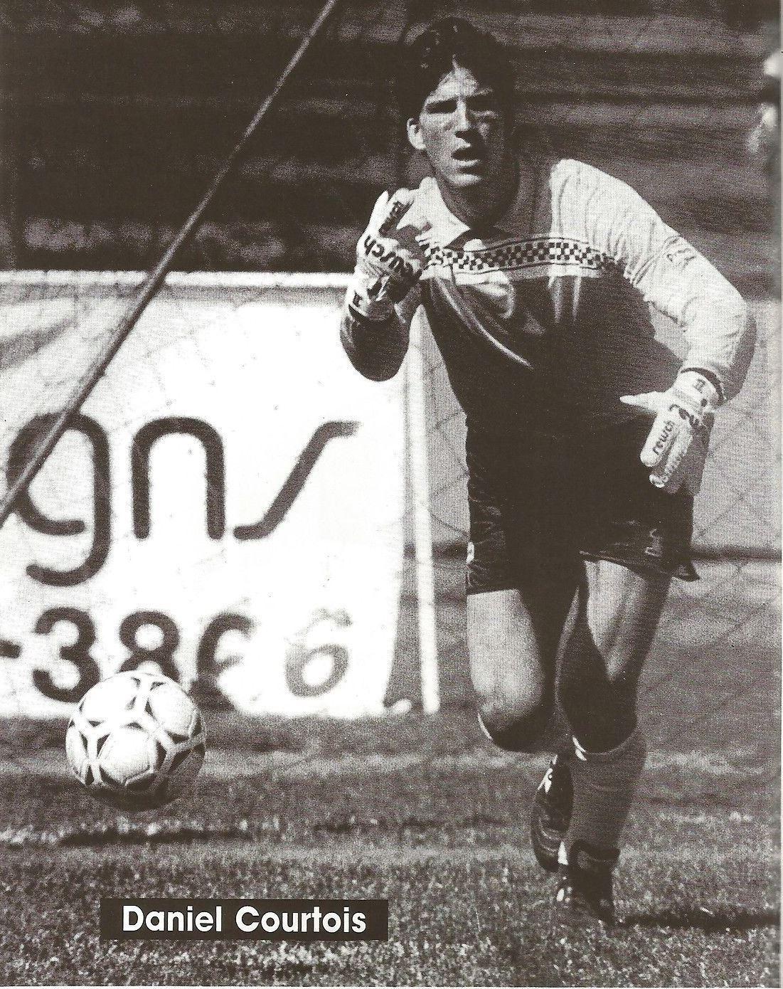 Supra 88 Goalie Daniel Courtois.jpg