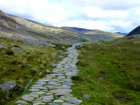 Fancy taking a walk with me in the beautiful Snowdonia National Park - virtually?