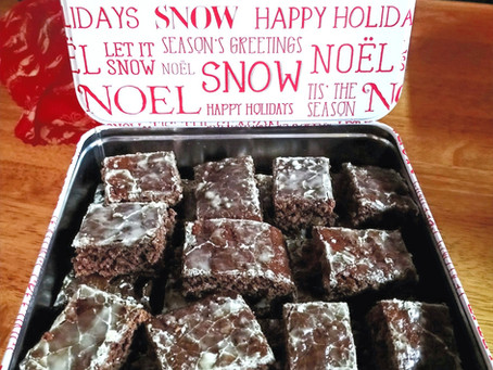 Need some last minute chocolate gingerbread for the holidays?