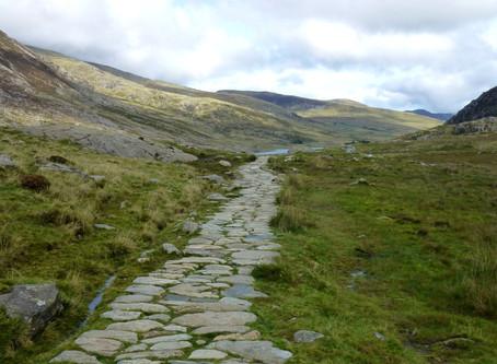 Snowdonia - walk your dog round Llyn Idwal?