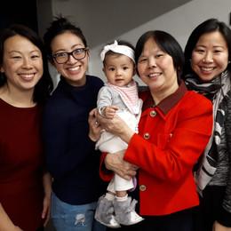 Dames van familie Looi