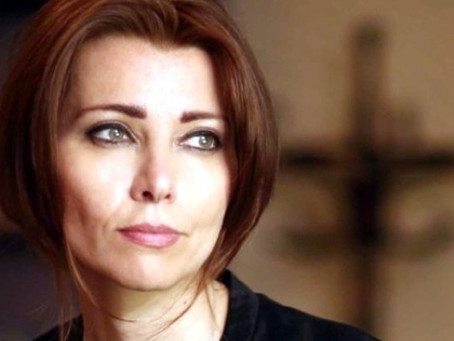 ELIF SHAFAK - OMI - How to look at art, architecture, history and writing...